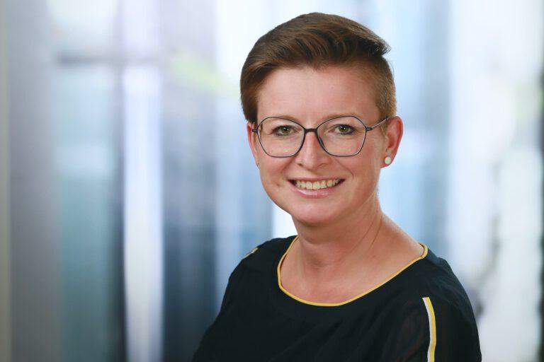 Katharina Meyer, Augenoptik-Meisterin