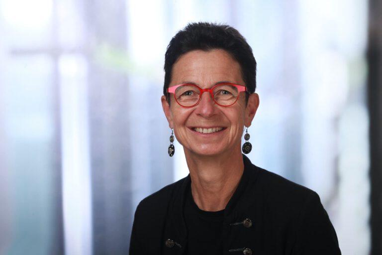 Sabine Nahrgang, Augenoptikerin